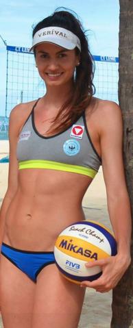 Lena Plesiutschnig